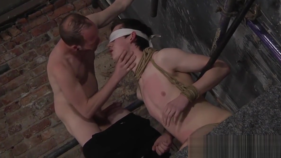 Dominant twink throat fucking his blindfolded sub Normal naked girls videos