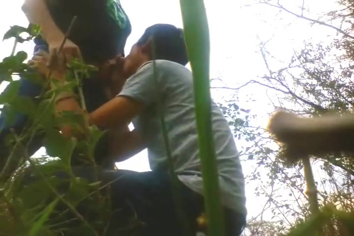 Latino emo lures daddy to blow and film in park skinny young teen boys kissing