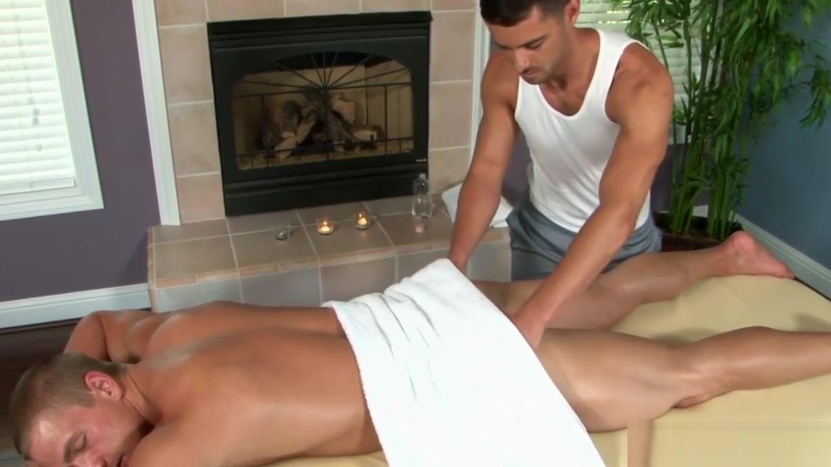 Ripped straight jock cocksucks after massage white cream pie amateurs