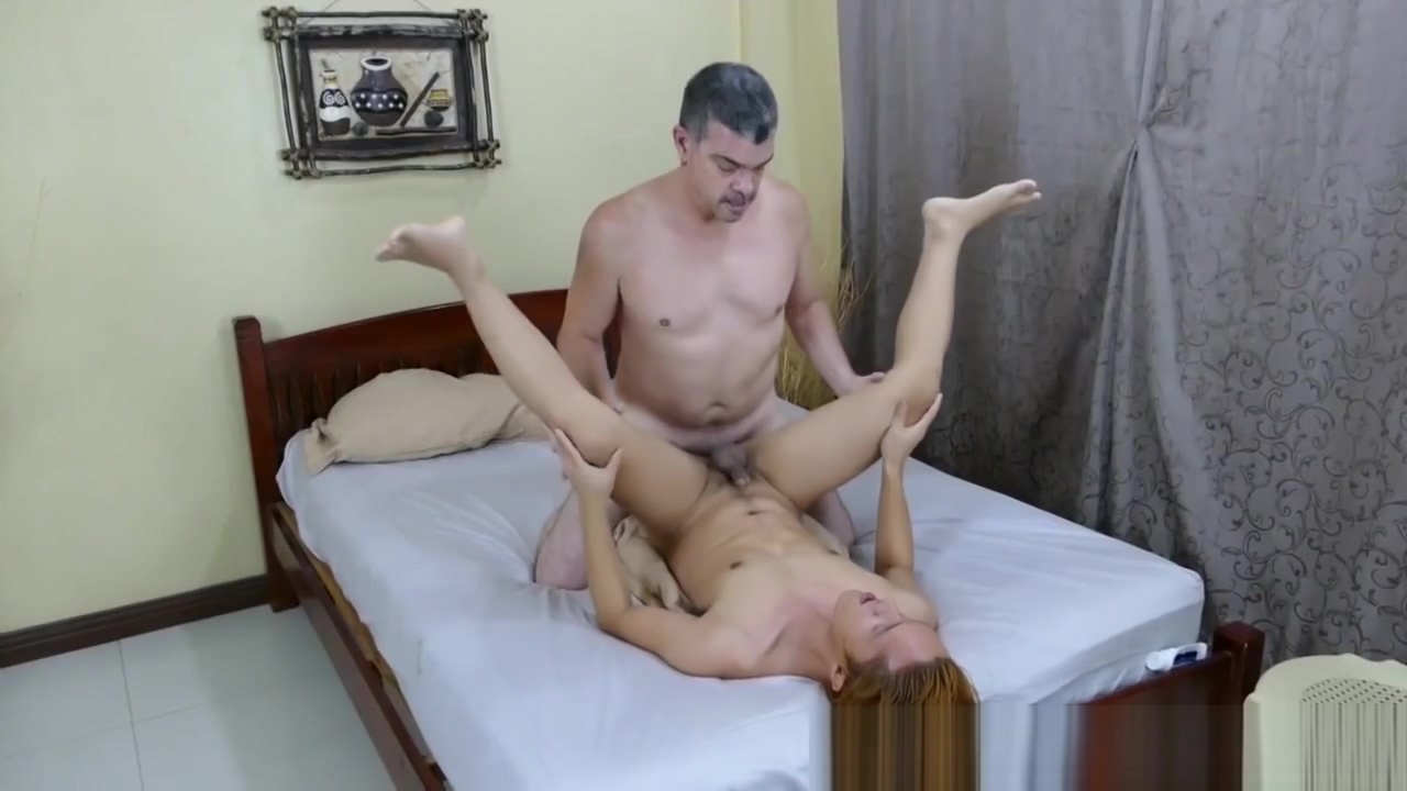 Top bear toying asian twinks tight ass passed out women being fucked