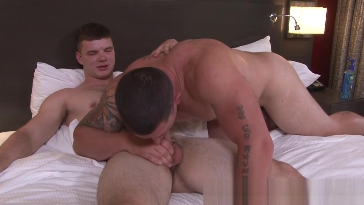 Muscular hunk cocksucking army stud Arthas wife sexual dysfunction