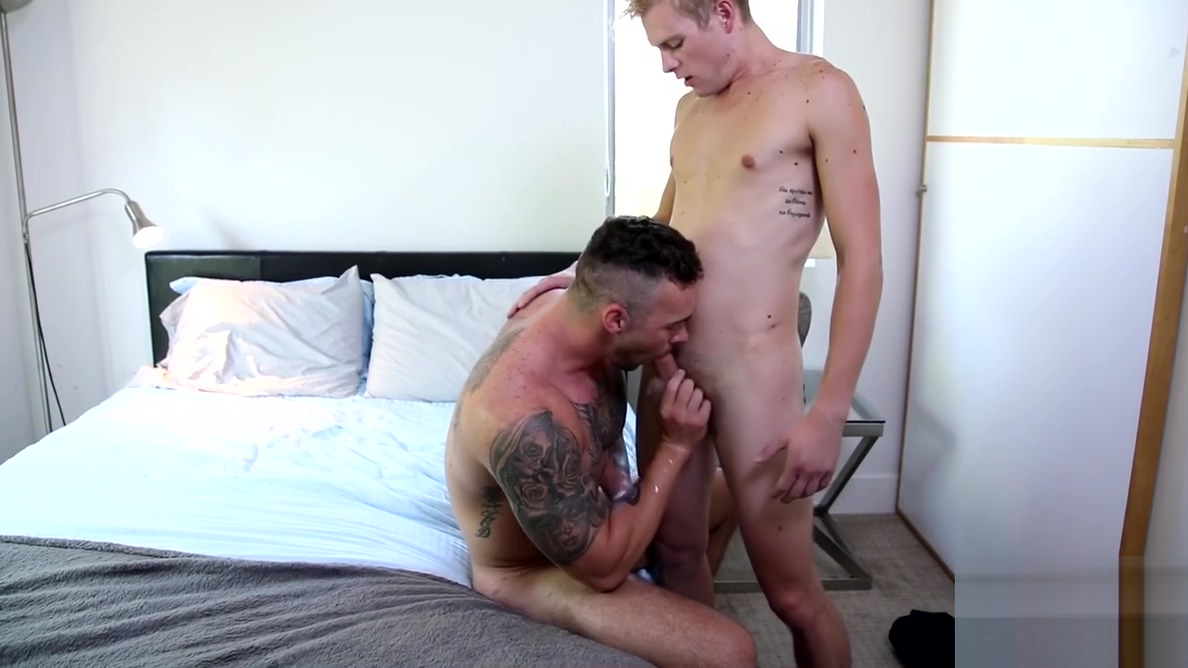 Hung Ty Thomas ass bangs his boyfriend Steve Rogers good household sex toys
