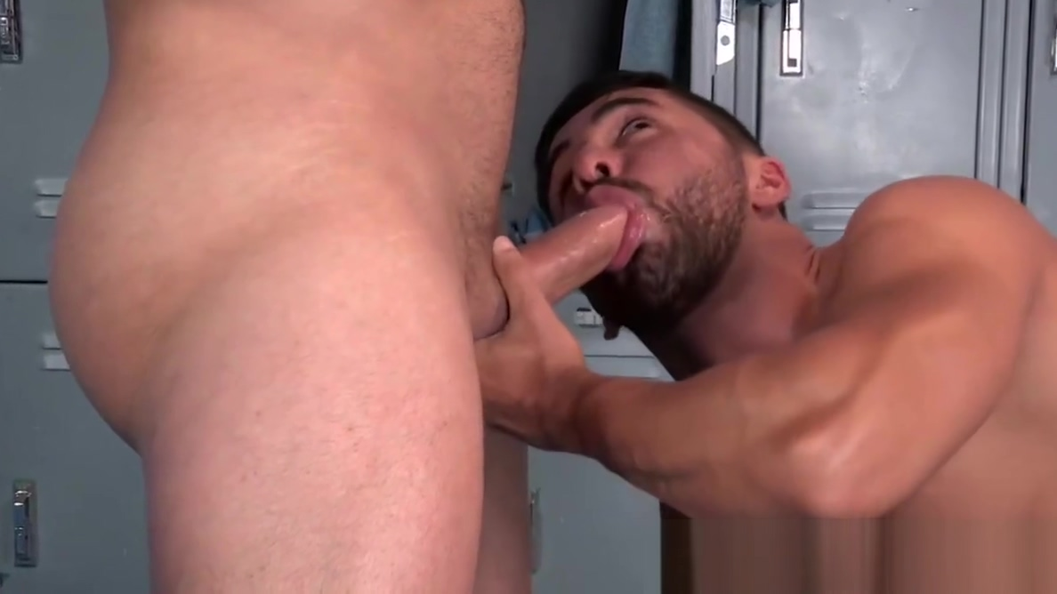 Big muscular hunk with strong dick fucking the other hunk Ebony girl strip tease