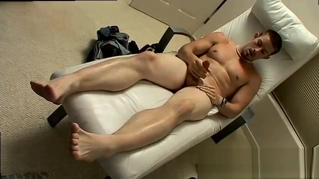 Alpha male gay porn massage Mike is chilling out and lovin the Nude very young little girls
