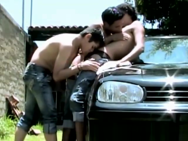 Latino Twinks HOT Sunny Outdoor Threesome Sex rate my pic nude