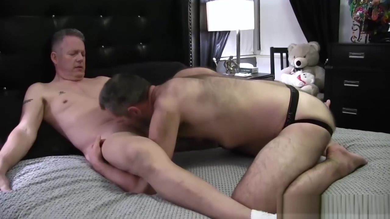 Clark Kent and Bubbie Kakes Flip Fuck Hot Indian Video Sex