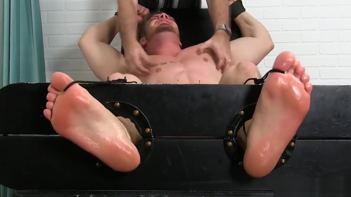 Restrained bodybuilder Ryan Sparks endures a fierce tickling Loud male masturbation
