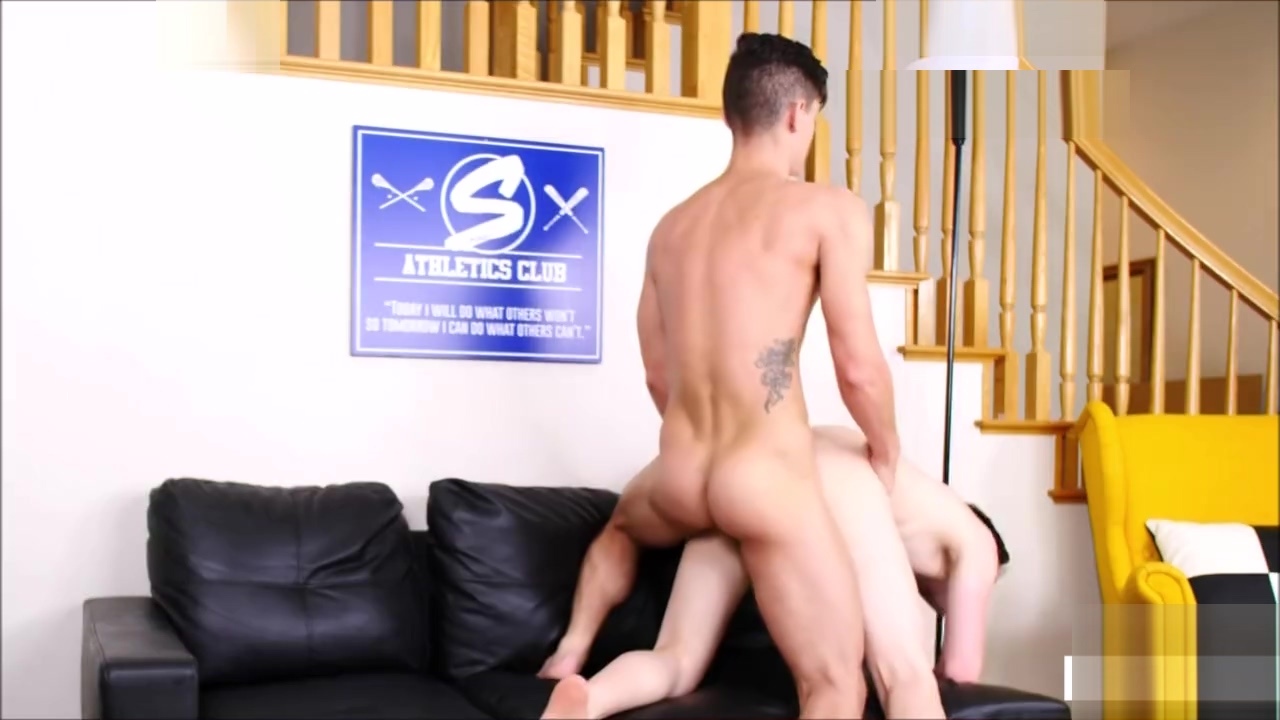 Twinks Fuck on Couch Megan Fist Pussy