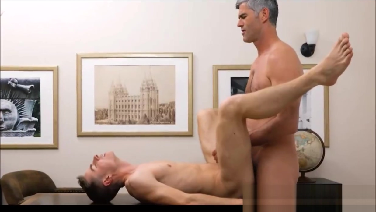 Mormon Church Leader Examins Then Fucks Twink shit in pussy video