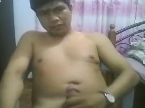 Bicolanong Jakolero Asian girl making her nipples erect