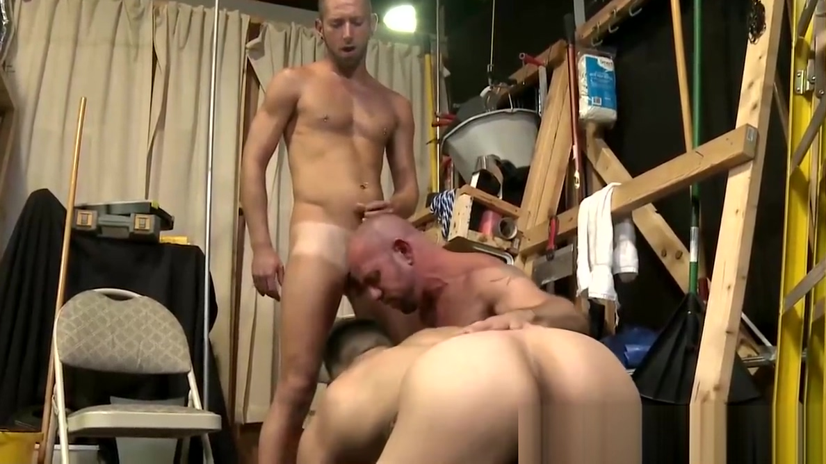 Muscular boos man Matt is ready to fuck both their asses Arabian big boob girl