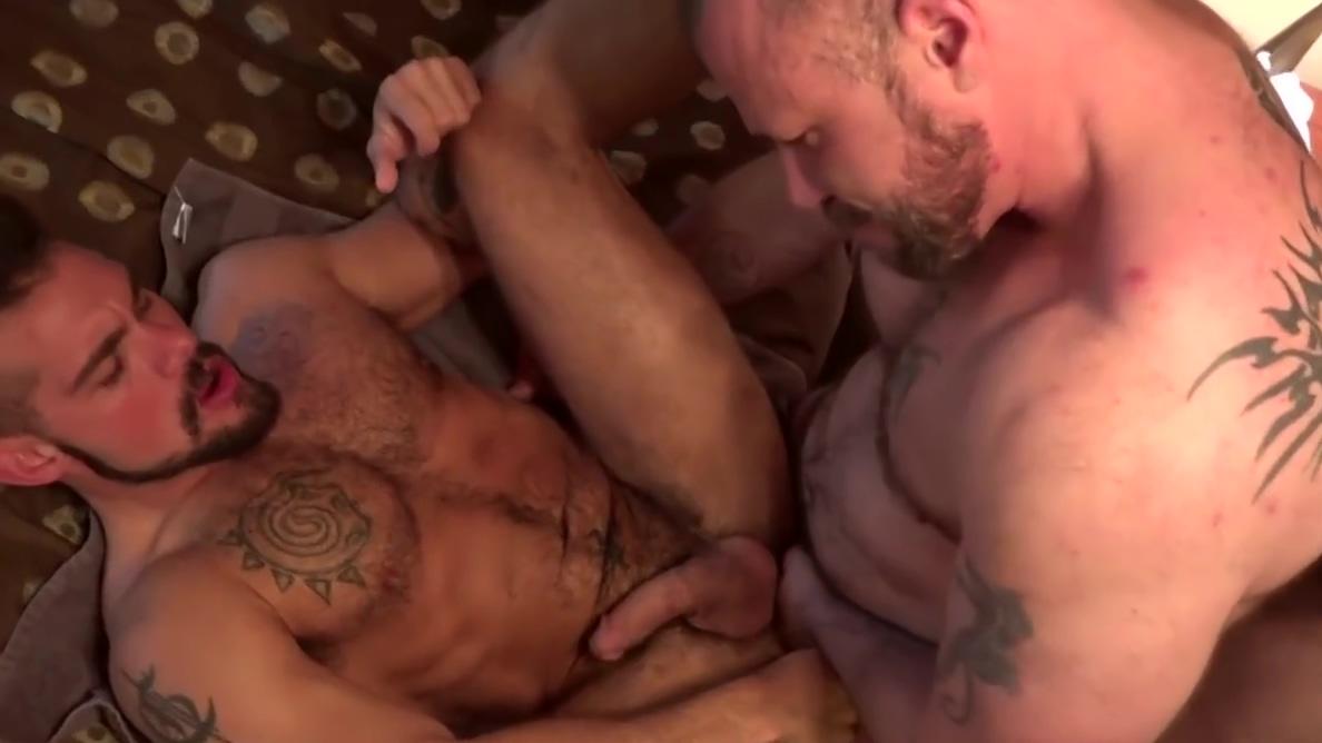 Gay Porn ( New Venyveras ) Vampire diarie girl porn
