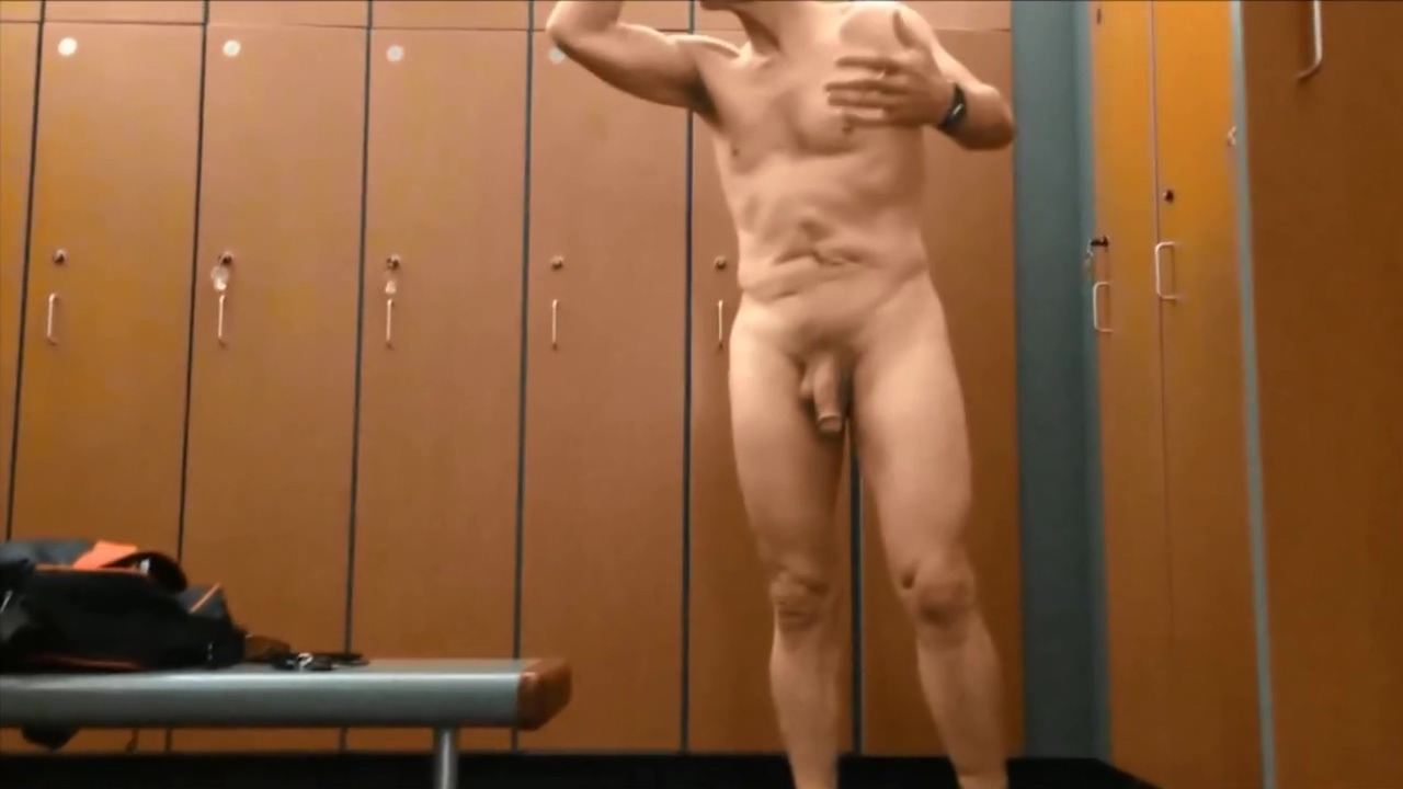 Hung Dad Showoff Hot milf fucked by two studs bts