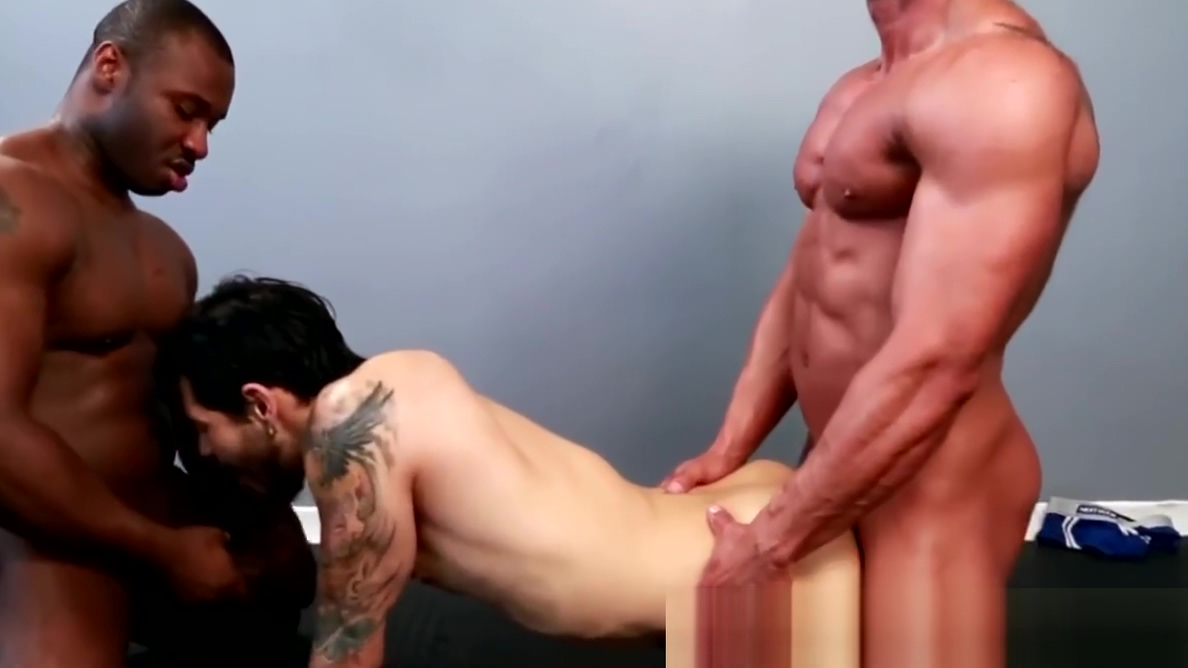 Interracial muscle hunk gets double pleasure Perfect pink virgin pussy