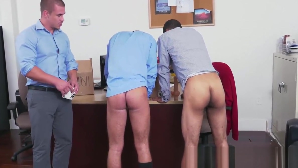 Horny boss relaxing and waching two hunks fucking hard Shemale cum homade slutload