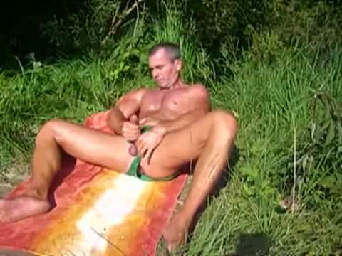 Green Racer Stroke Brown sugar naked pornstar