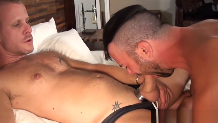 Handsome wolf barebacking tattooed stud Hot anal fuck pictures