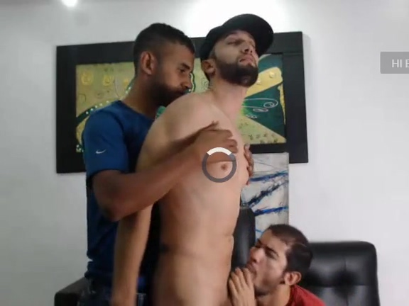 Horny Latin Men On Cam Naked pussy hair cutting