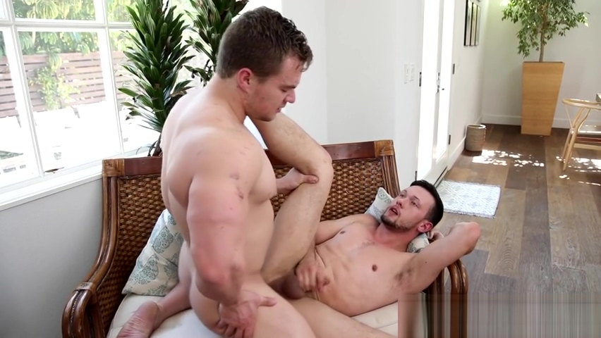 Muscled jock barebacks Cocks and bubble butt compliation