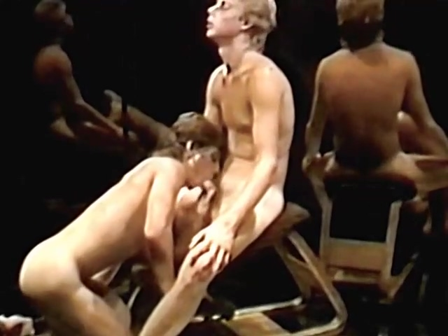 Mirrors (1989) hot nude tennis players