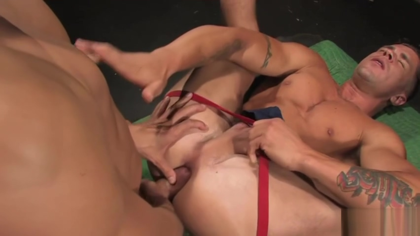 Latin gay anal and cumshot Una bbw molto vacca
