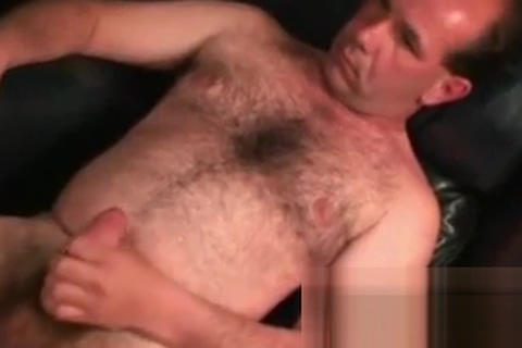 This mature dude loves to show us his masturbation skills Everyone online sex video chat