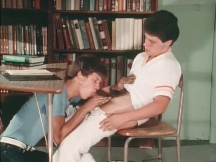 Heroes (1984) Slut in La Cruz