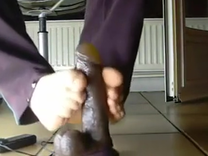 Male feet Asian women gangbang