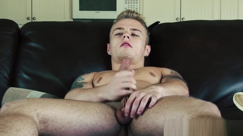 Muscle stud wanking during closeup scene Wife Catching Hubby Gay