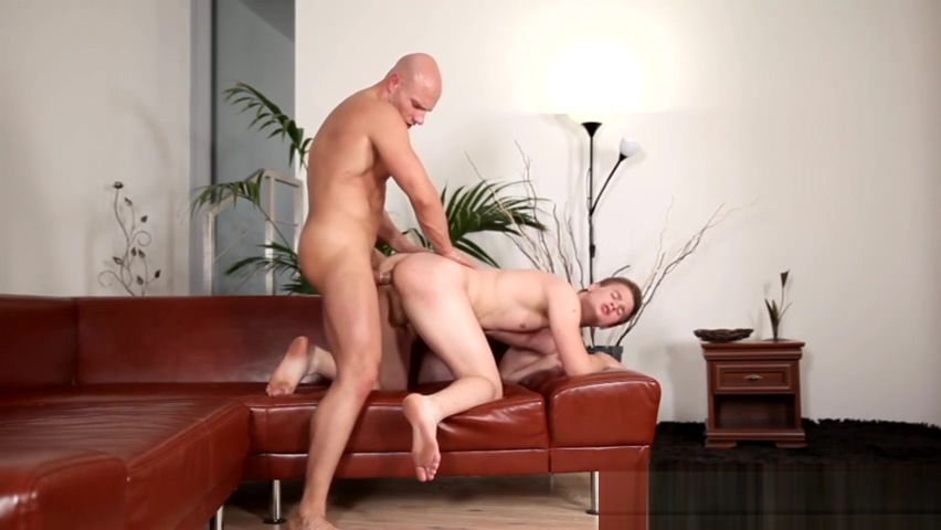 Gay guys mouth jizzed in Fat puffy pussy porn