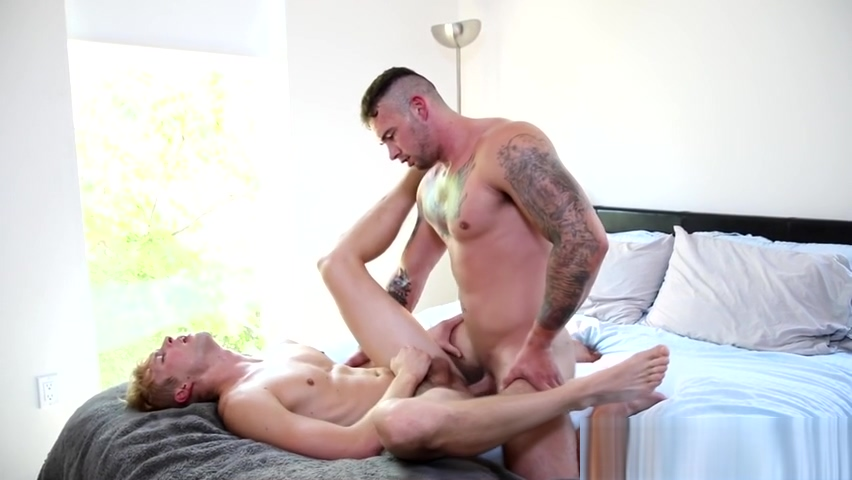 Raw rammed twink cums Hot gilr playing with her tits