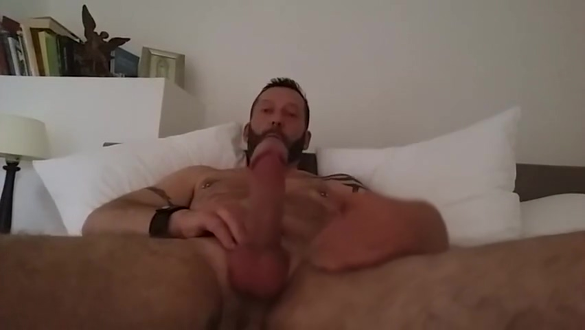 MAXIMUS STRIP TEASE AND JERK OFF How long should you wait before hookup after divorce