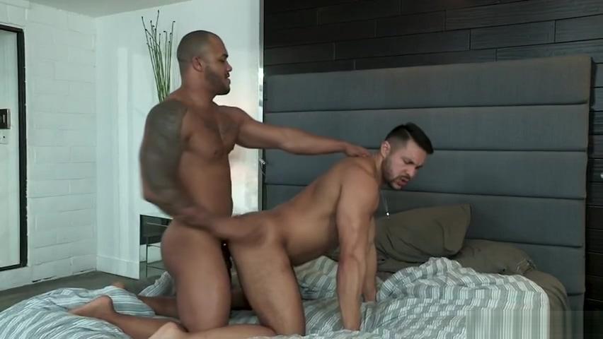Jason Plunders Seths Magic Hole Gagging anal banging