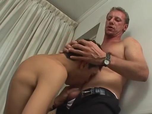 Gabriel Y El Padre Hairy porn video thumbs