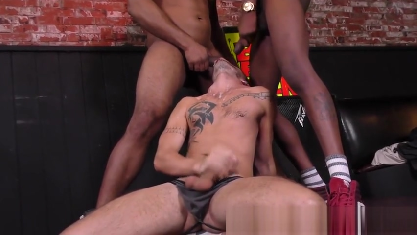 Gay amateur gets plowed Threesome lesbian dildo suck