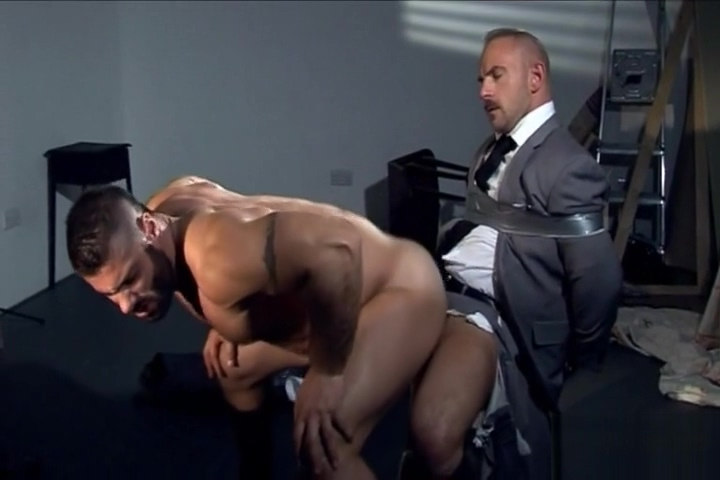 suit tied-up Logan and Aspen love to suck pussy