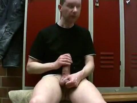 Kroussibo in public locker room #2/3 with SelfSuck and cum Amateur deepthroat blogspot