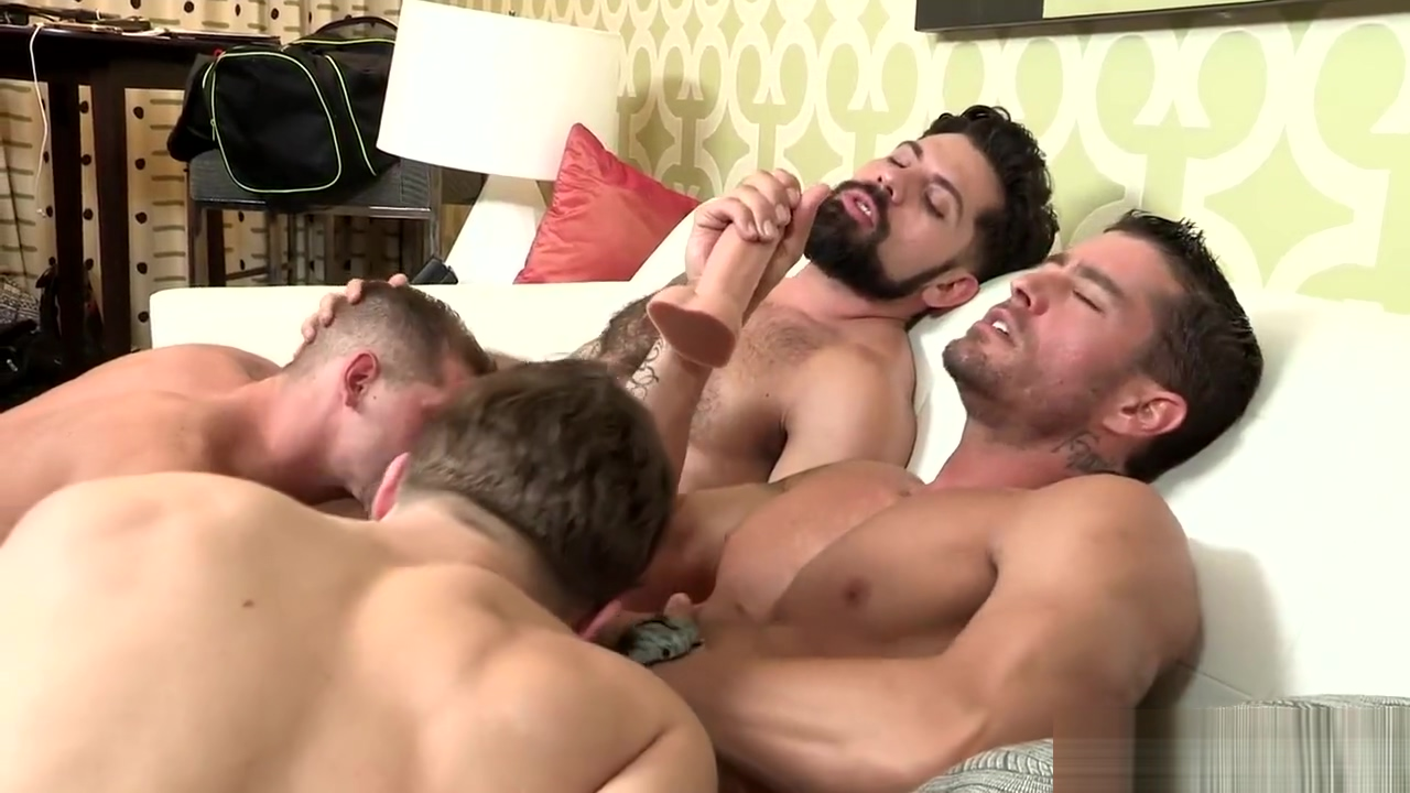 Muscled bear, hunk and dude relish frenzied bunch bonking with divine booti Piiss Lesbian
