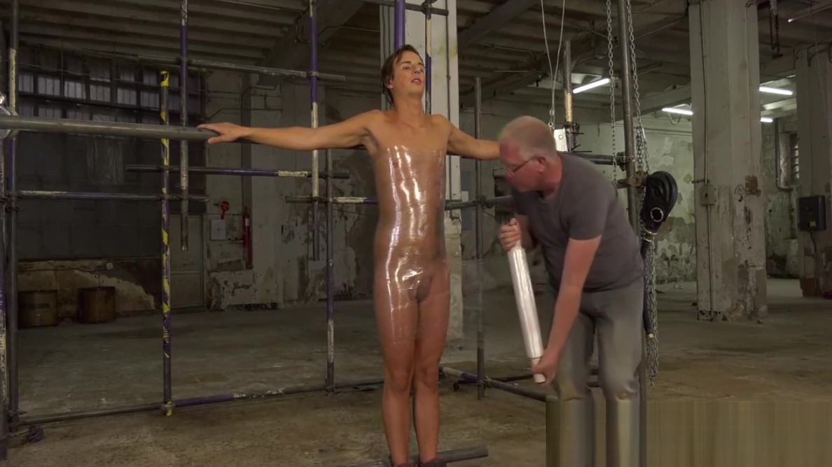 UK twink Casper Ellis strapped for BDSM handjob cumshot Pussy erotic