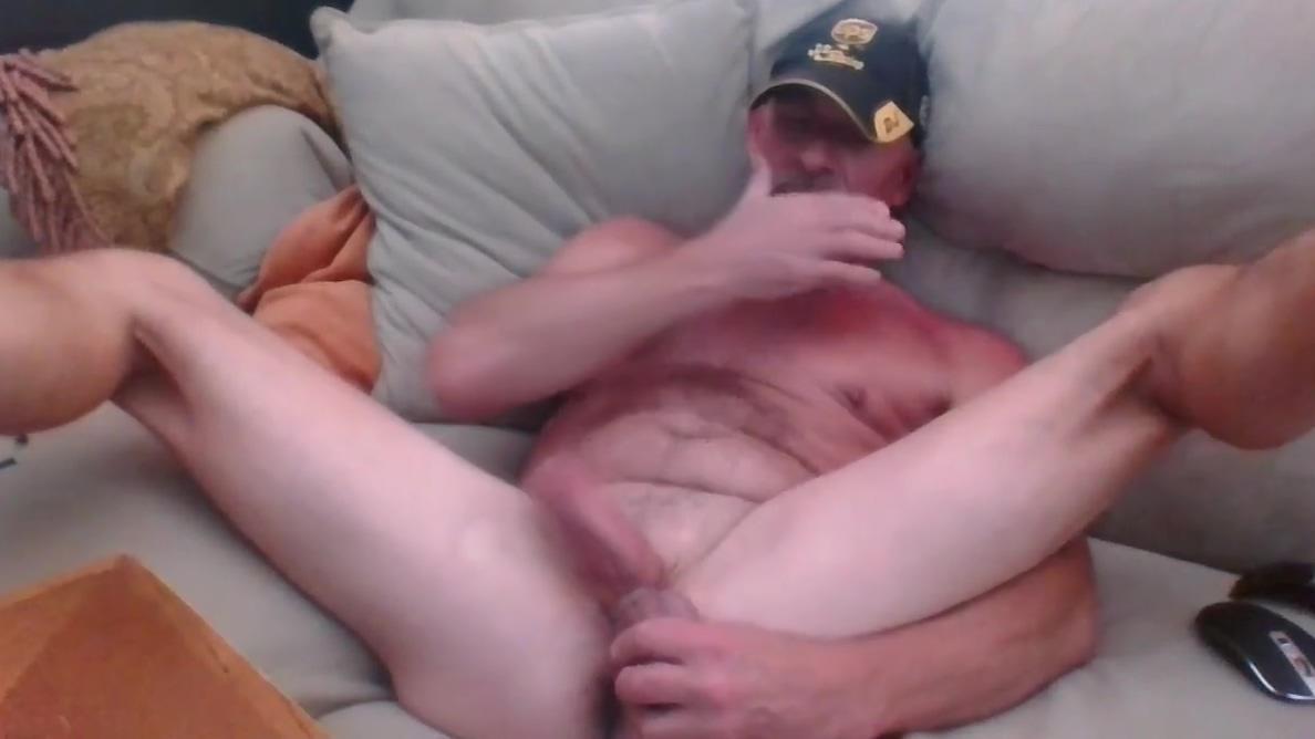 kivingroom wank Boy sex with woman