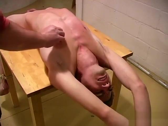 Joven sumiso atado a una mesa y torturado para placer de su amo (prt. 2) Add your face to a body