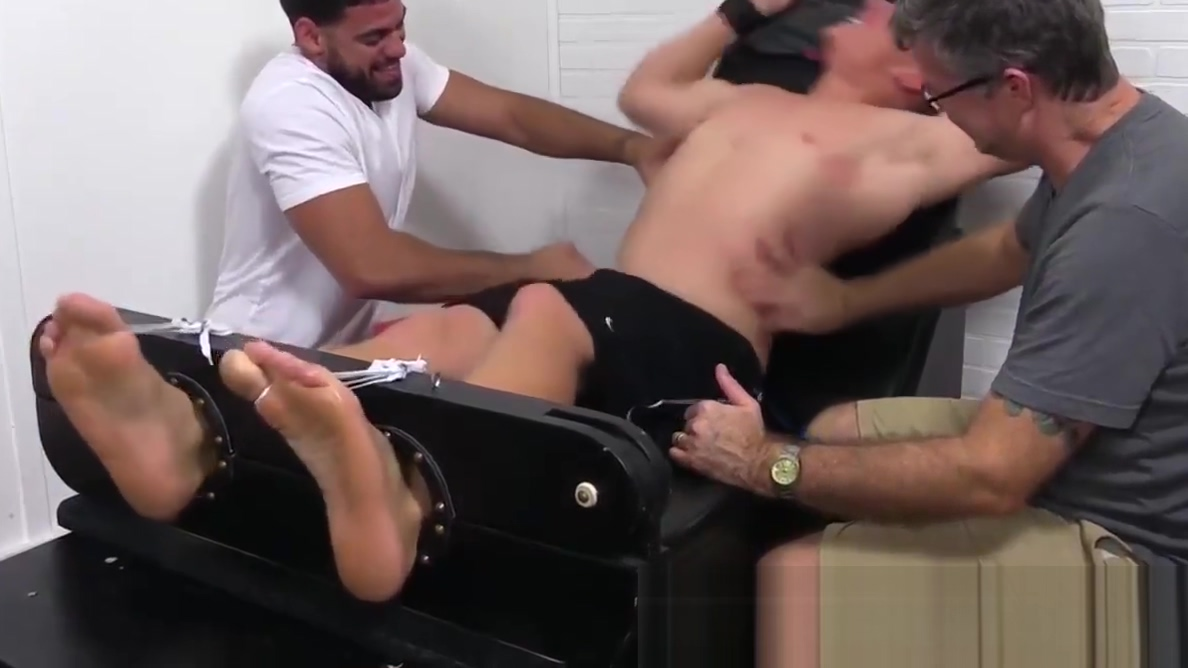 Sexy Conrad giggles hard as he gets his exposed feet tickled Exhib with bbw