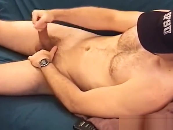 Young Amateur Braden Jerks Off Amazing College Girls Licking Pussy