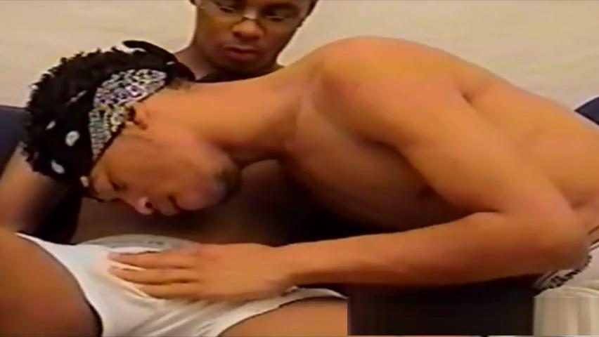 Thug Lovers Best Anal Performance Flexible Lesbians