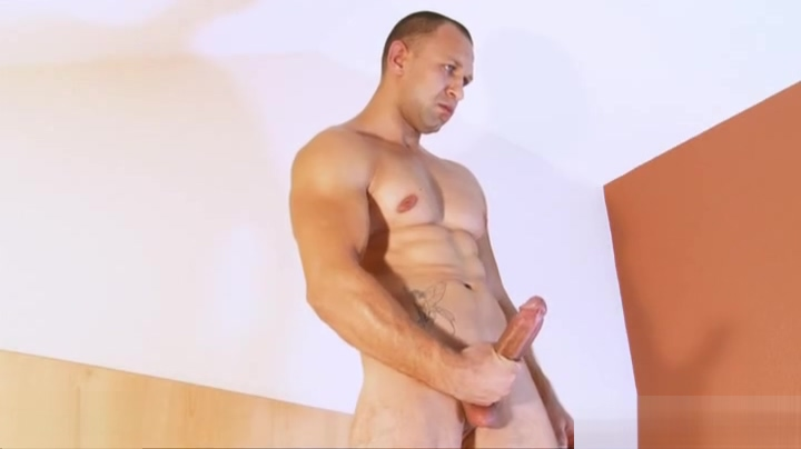 A nice innocent str8 guy serviced his big cock by a guy in spite of him! barbara alyn woods hot scene