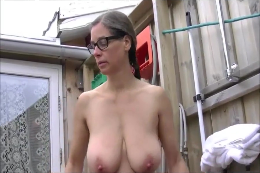 Busty Tina - Naked outside Next story previous spank pain
