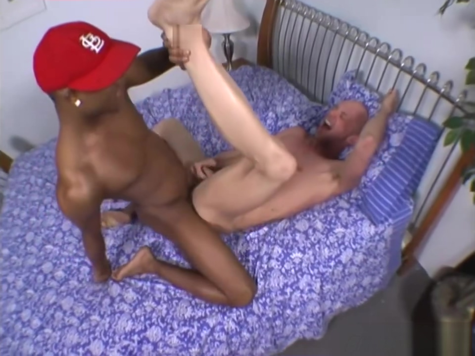 Athletic whiteboi gets drilled by a black thug Step Son Fuck Sester