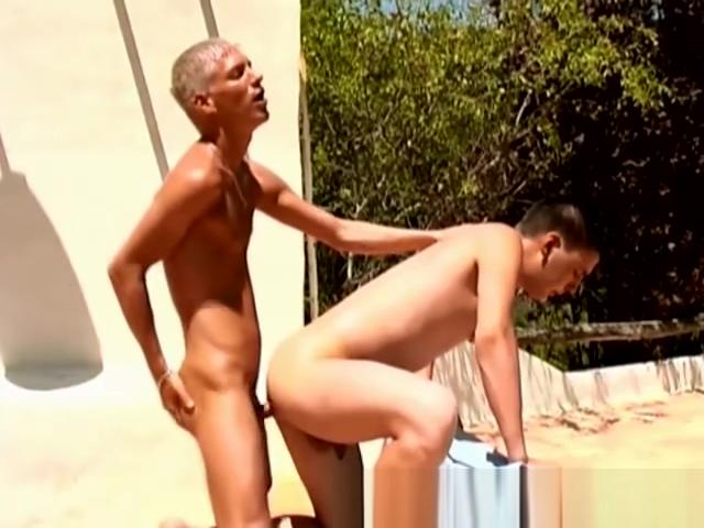 Amazing Gay Bareback Outdoor Banging Retro bit vga box hookups