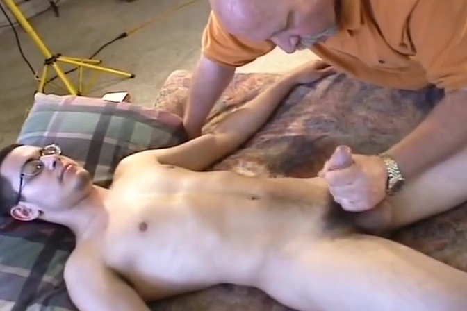 A hot piece of meat Wife Gangbang Sex Tube