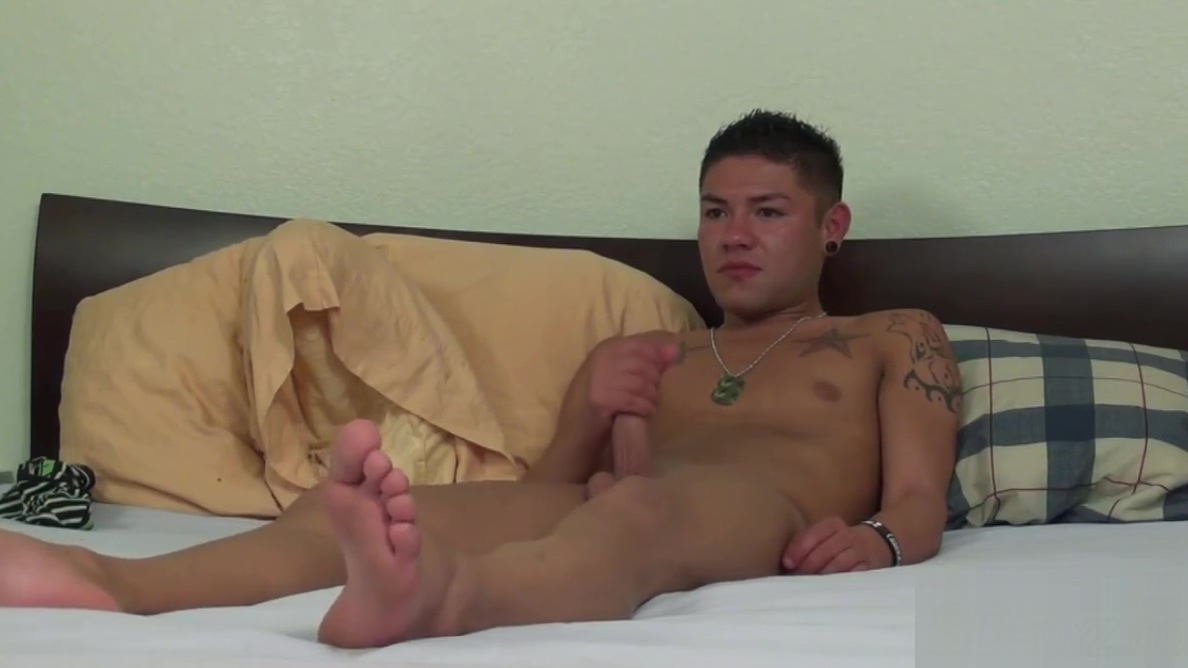 Military hunk strokes Free blonde porn vids